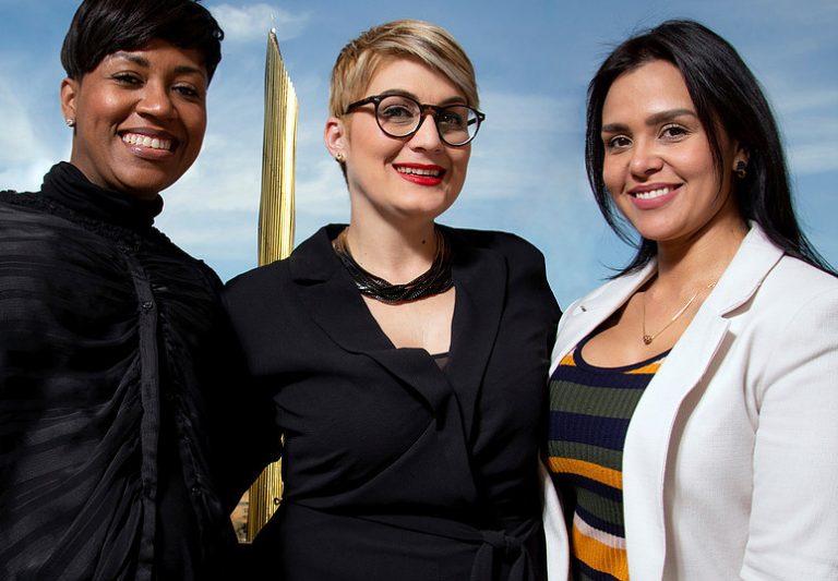 Neyvi Tolentino, Estela Marina y Cristina Isacura.