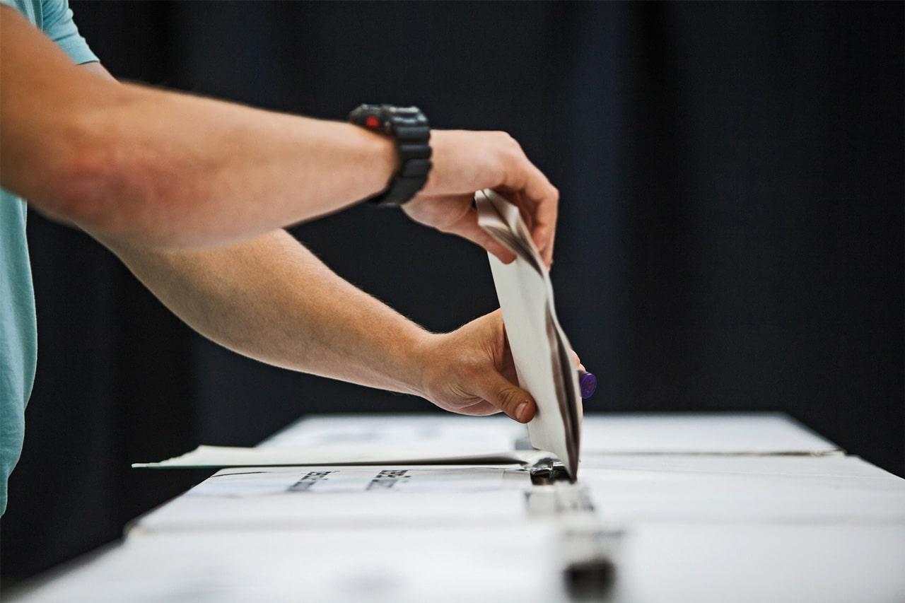 quienes pueden votar en españa